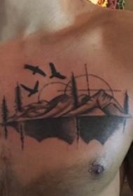 山水纹身图案  男生胸上黑灰的山水和鸟纹身图片