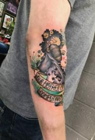女孩和花朵纹身图案  男生小臂上女孩和花朵纹身图片