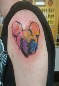 米老鼠头纹身  男生大臂上创意的米老鼠头纹身图片