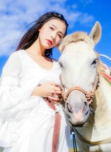 麗江旅行的清新女生唯美寫真