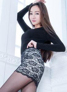 亚洲美女模特Tina性感丝袜美腿套图写真