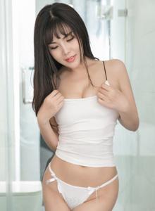 美女模特丁筱南豐乳肥臀性感內衣誘人寫真
