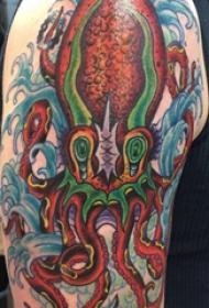 章魚紋身簡單 男生大臂上怪異的章魚紋身圖片