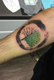 植物纹身 男生手臂上圆形和大树纹身图片