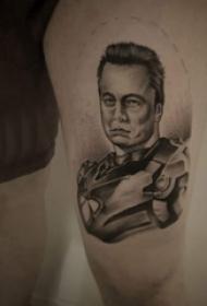 人物肖像纹身  男生大腿上黑灰的人物肖像纹身图片