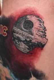 纹身星球 男生小腿上残缺的星球纹身图片