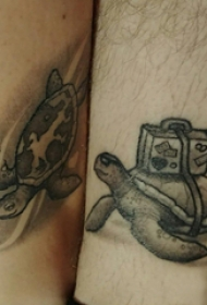 乌龟纹身图案  男生小腿上黑灰的乌龟纹身图片