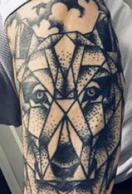 滴血狼頭紋身  男生手臂上幾何和狼頭紋身圖片