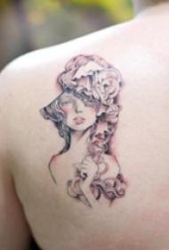 纹身图片女生小清新  女生肩部唯美的女孩纹身图片