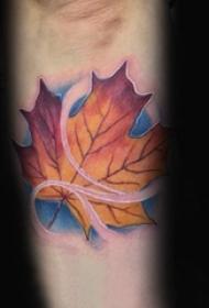 楓葉紋身圖   秋意濃濃的楓葉紋身圖案