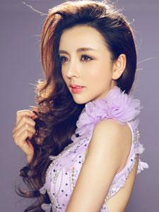 美女模特高兮妍优雅迷人