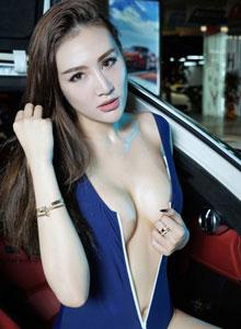 美女车模深V超高清性感写真大图
