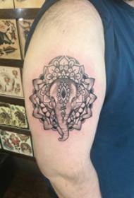 大臂紋身圖 男生大臂上梵花和大象紋身圖片