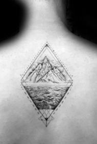 山脉纹身  设计感十足的山脉纹身图案