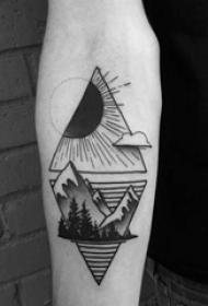 山脉纹身  多款连绵一向的山脉纹身图案