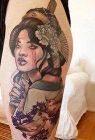 日本艺妓纹身图片 女生大腿上鸟和艺妓纹身
