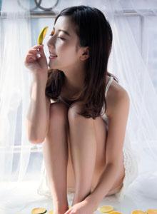 维C柠檬美女清晨阳光写真