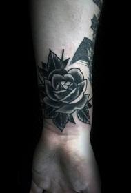 黑玫瑰纹身图   黑色色调的玫瑰纹身图案