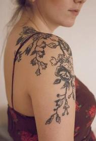 肩部紋身圖案   唯美而又個性的肩部紋身圖案