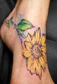 纹身图案花朵  美艳而又清新靓丽的花朵纹身图案