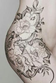 大胆性感的纹身图案-美女大胆性感