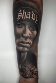 创意纹身图案-创意经典的素描设计感十足的逼真男生人物纹身图案
