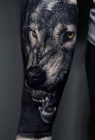 幾張眼神霸氣的動物寫實紋身圖案圖片