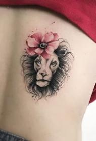 一组女生比较爱好的黑色唯美纹身图案作品