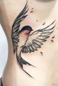 幾張飄逸靈動的水彩燕子等鳥類紋身圖案作品
