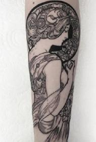 女人系列纹身图案-9张艺术价值很高的女人纹身图片