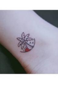 适合夏天女生喜欢的超简约小清新纹身图