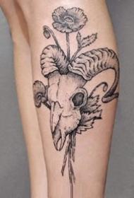 优秀的一组黑灰点刺纹身图案作品15张