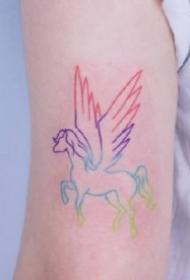 一组简约的小清新粉嫩纹身图案欣赏