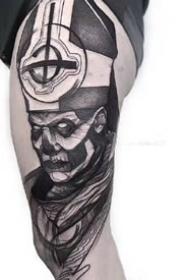 线条感很强的个性暗黑点刺纹身图案作品