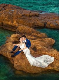 三亚海边浪漫婚纱照