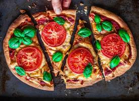 超诱人的蔬菜披萨图片