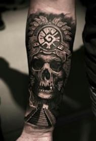 黑暗骷髅纹身--无边黑暗和绵延死灰骷髅纹身作品9张