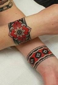 一组适合手环臂环脚环的纹身图案作品欣赏