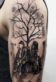 男性大手臂上的一组个性黑灰纹身作品图案