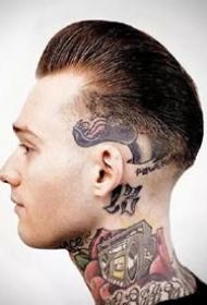男士的復古油頭與紋身的結合帥哥圖片欣賞