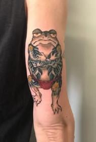 日式传统风格的青蛙等彩色日式纹身图案欣赏