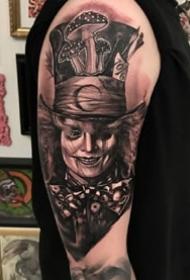 暗黑肖像风格的写实纹身作品--谁?#39029;?#35797;一下
