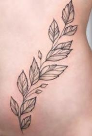 很性感的女性身上的花花草草纹身图案9张