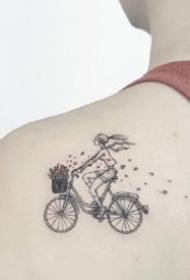 18张可爱风的一组简约小清新纹身图案