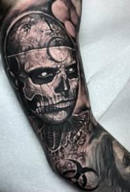 黑暗超现实主义的写实肖像人物纹身图案作品