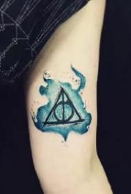 哈利波特逝世亡圣器的三角形符号纹身图案作品