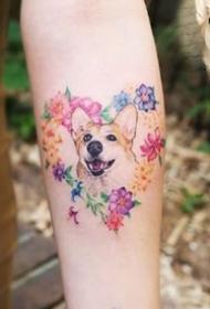 很可爱的一组萌宠小猫咪纹身小图案9张