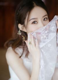 赵丽颖白色纱裙小清爽图片观赏