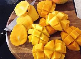 切开的芒果更诱人的图片欣赏