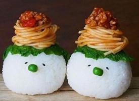 一组超级萌萌哒像雪人的饭团